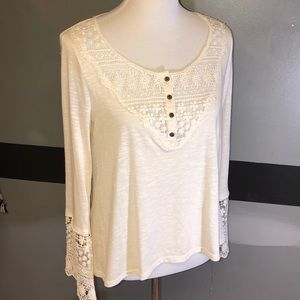 EUC Taylor and Sage Cream with Lace Top Size M